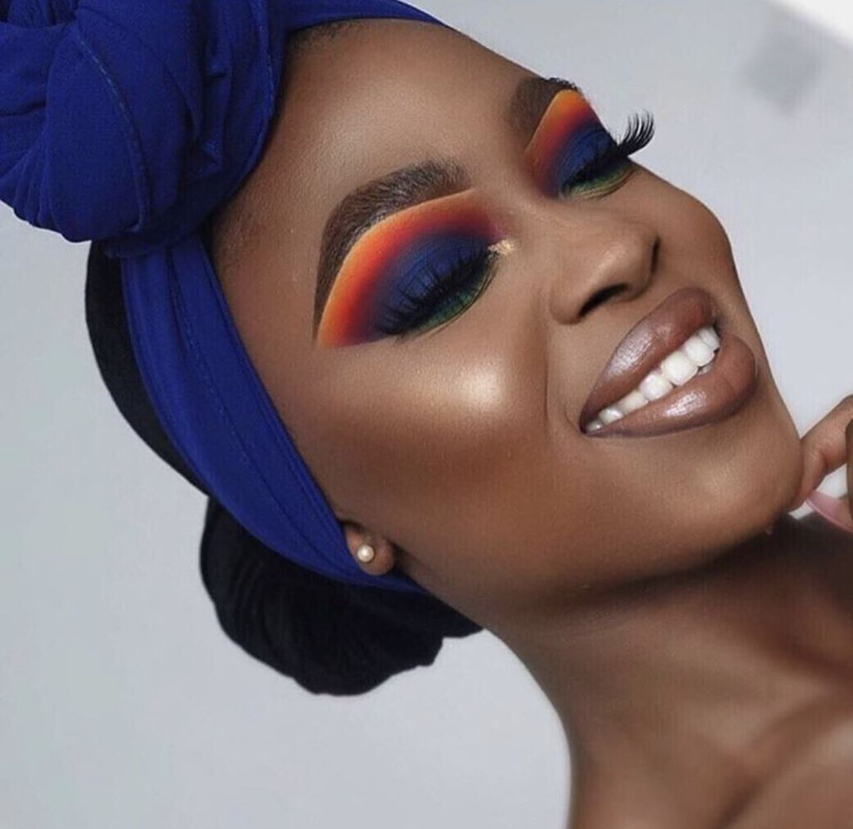 Blackwomen #darkskin #makeupideas #blue #makeup